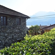 THE Amazing Cottage - Private Swimming Pool and Private Beach on Lake Orta
