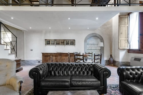 Luxury Apartments Newly Renovated in the Heart of Florence With Exquisite Decorations