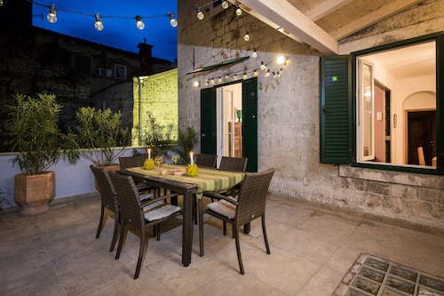 Luxury Apartment in the Heart of Diocletians Palace With Large Private Terrace