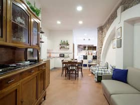 Private Apartment With Kitchen in Cinque Terre, Citra Code 011030-lt-0048