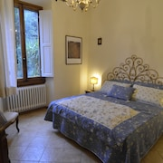 Elegant Apartment With Garden Just 10 min Away From Pontevecchio