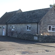 The Old Telephone Exchange 4 Self Catering Cottage in Corfe Castle Village