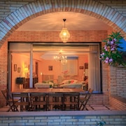 1-8 Personnes, Maison 8 km Logroño, Wifi, TV, Jardin, Parking, Barbecue, Porche