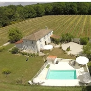 Pretty Charentaise Villa With Enclosed Garden, Private Heated Pool, Sleeps 8 + 2