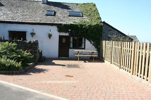 Holiday Cottage Located In The Magnificent South Western Lake District