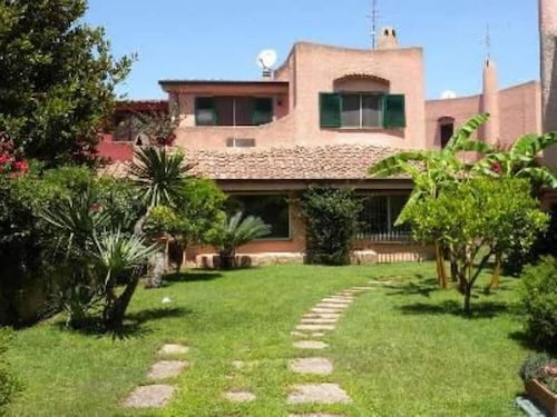 Villa to Enjoy the sea and Rome
