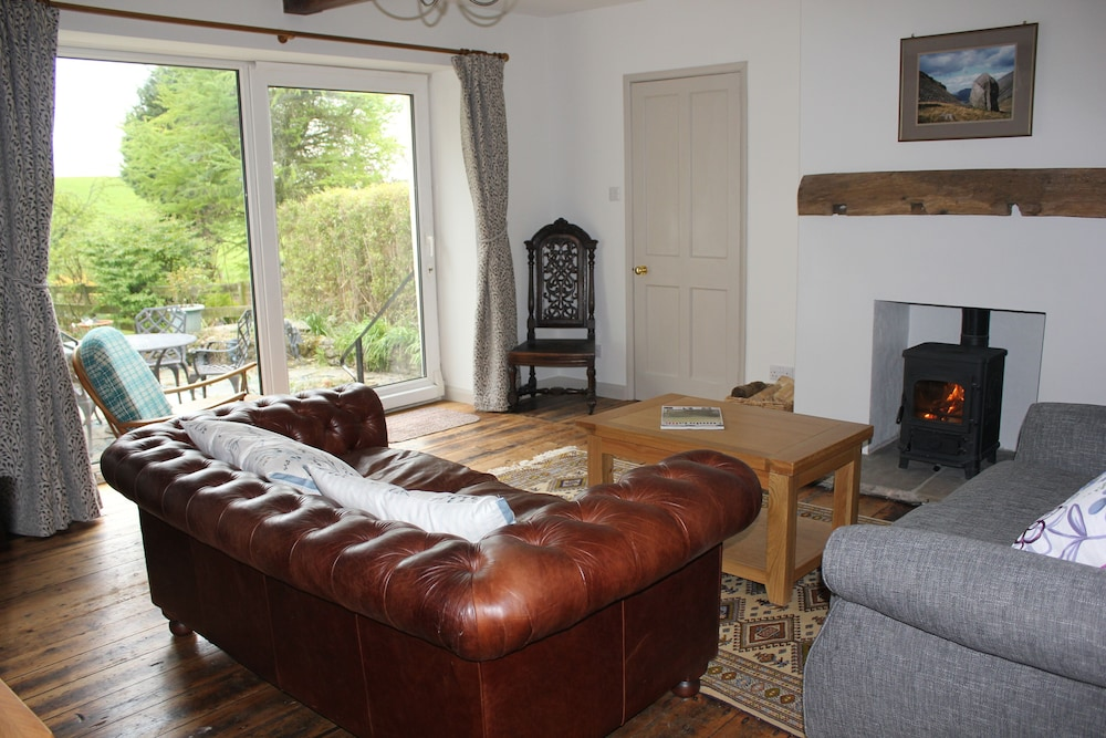 Luxury Lake District Cottage With Gorgeous Private Garden Kendal
