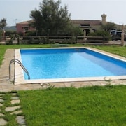 Giada VIP Apartment With Shared Swimming Pool, 6 p. the