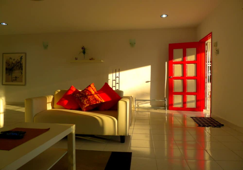 Featured Image, Red Door Apartments