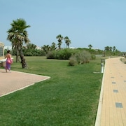 Beach & Golf in a Wonderful Natural and Tourist Enclave. Wifi