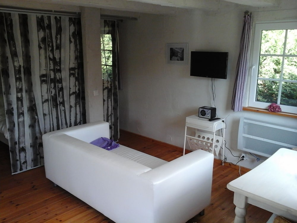 Living Room, 6 Cottages Ideal for Family Gatherings Near the Spreewald