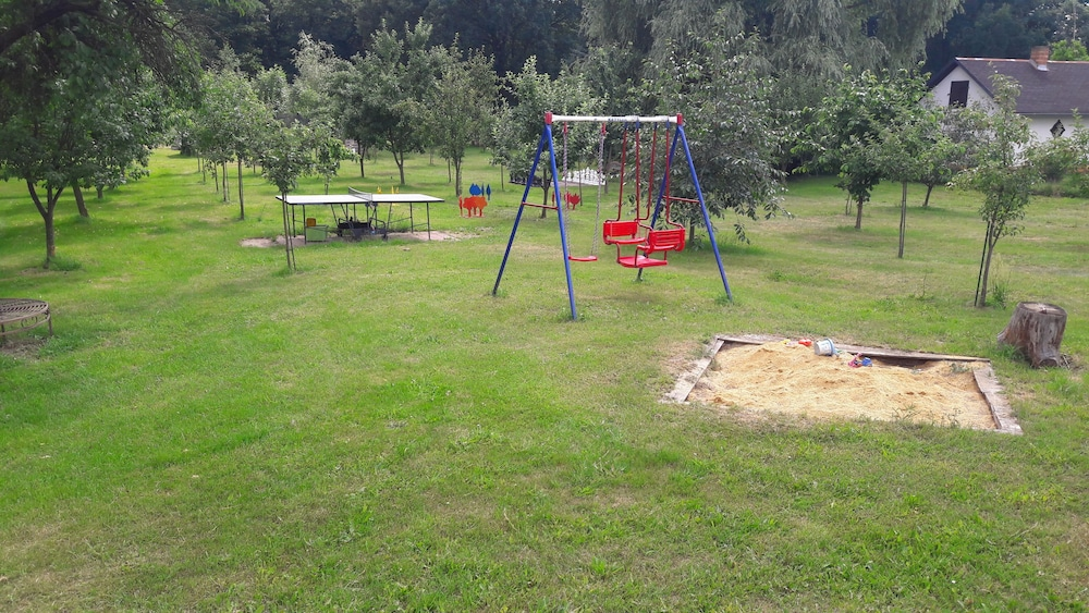 Children's Area, 6 Cottages Ideal for Family Gatherings Near the Spreewald