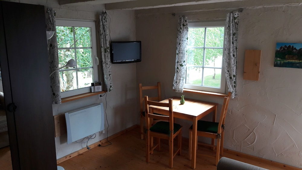 Private Kitchen, 6 Cottages Ideal for Family Gatherings Near the Spreewald