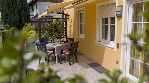 Beautifully Furnished, Two-bedroom Home With Sunny Terrace
