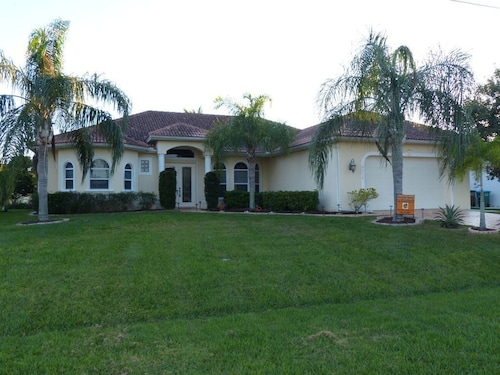 Exclusively Furnished Vacation Home in a Florida Style