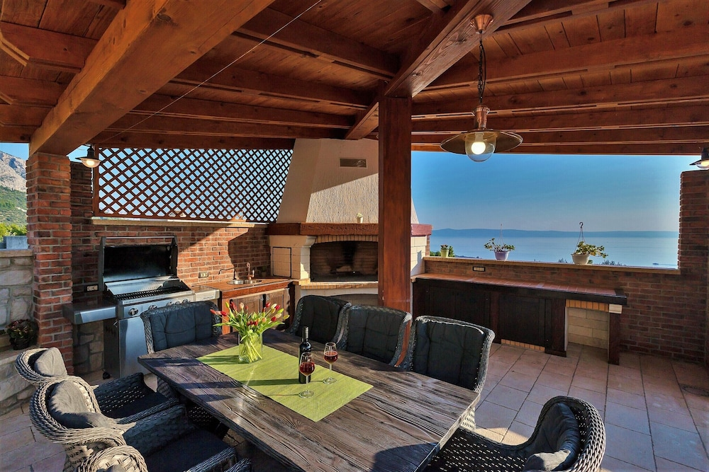 Balcony, High-lux Villa Vikki With Pool and Seaview