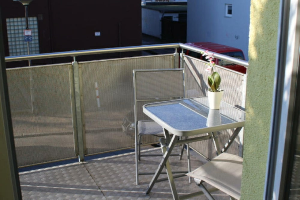 Beautiful Centrally Located Apartment With Balcony And Carport In