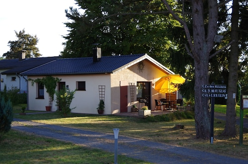 Small Cozy Holiday Home in the Vulkaneifel, Pets are Welcome