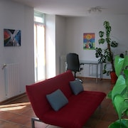 Spacious and Bright Apartment in the Historic Center of Foix