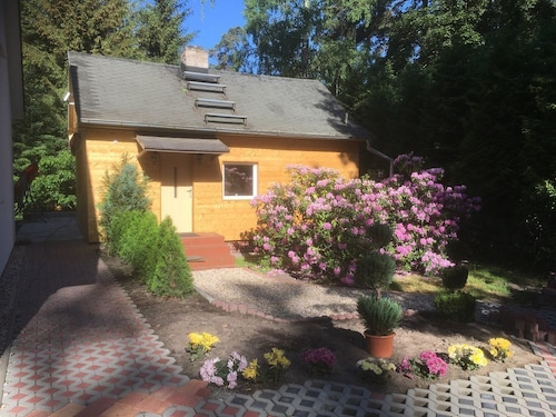 A Blockhouse That was Renovated With Love and Care, big Garden, 30 Min to Ku´dam