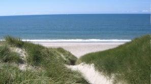 Beach nearby, sun loungers