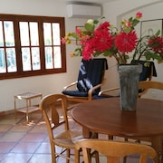 Apartment Manouchet 2 People With Pool and Wifi