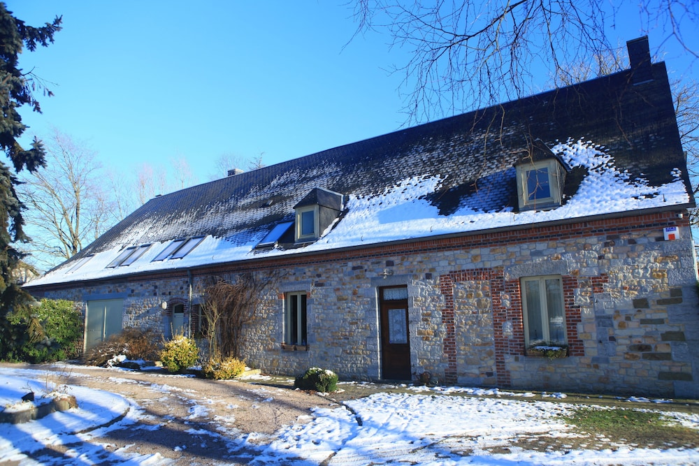 Holiday Home in Chimay, Bbq, Jacuzzi, 4 Bedrooms, 8 People, Nature ...