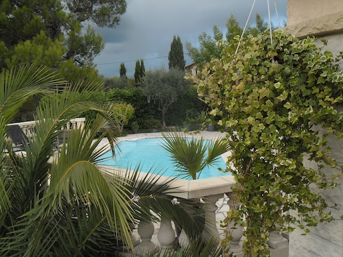Charming Villa 15mn From Nice With Common Swimming Pool