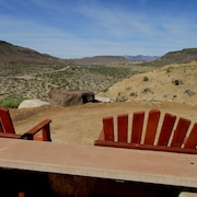 Privately Situated and the Perfect Hub Point for Desert Exploration & Adventures