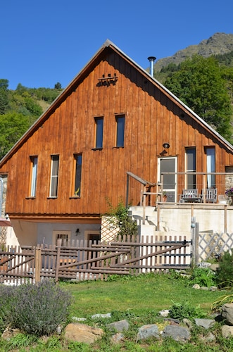 Mountain Cottage Rental
