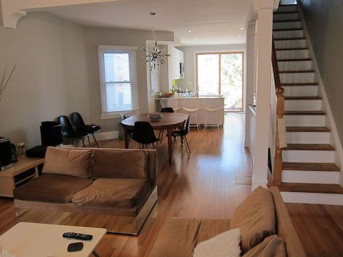 Downtown Family-friendly Home for Rent in Toronto's Trendy Leslieville