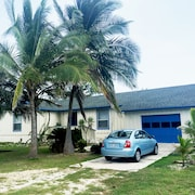 Cayman Brac. Luxury Boutique Beach House
