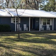 3 Bedroom Home in Downtown St Marys, Cumberland Island, Fishing Getaway