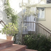 Upscale Studio in Exclusive Claremont Neighborhood of Berkeley