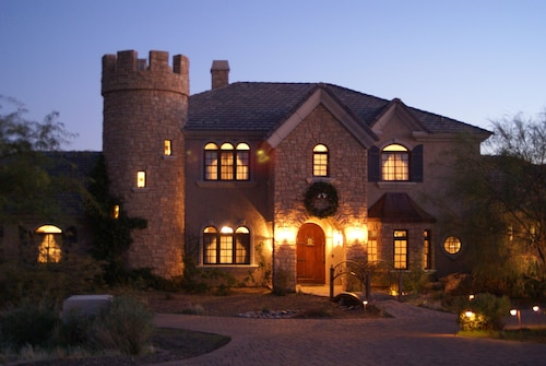 Ne Scottsdale 2 Bedrooms Gated Country Estate On 3 Acres