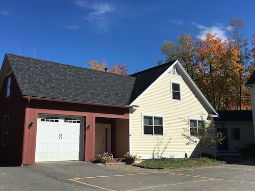 Beautiful Home Close to Smugglers Notch ski Resort