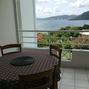 Sainte Anne: Apartment/ Flat - Sight on the Caribbean Sea, in Residence With Swimming Pool