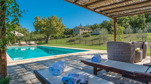 Muffato 6 Sleeps, Villa With Private Pool at Exclusive Use!