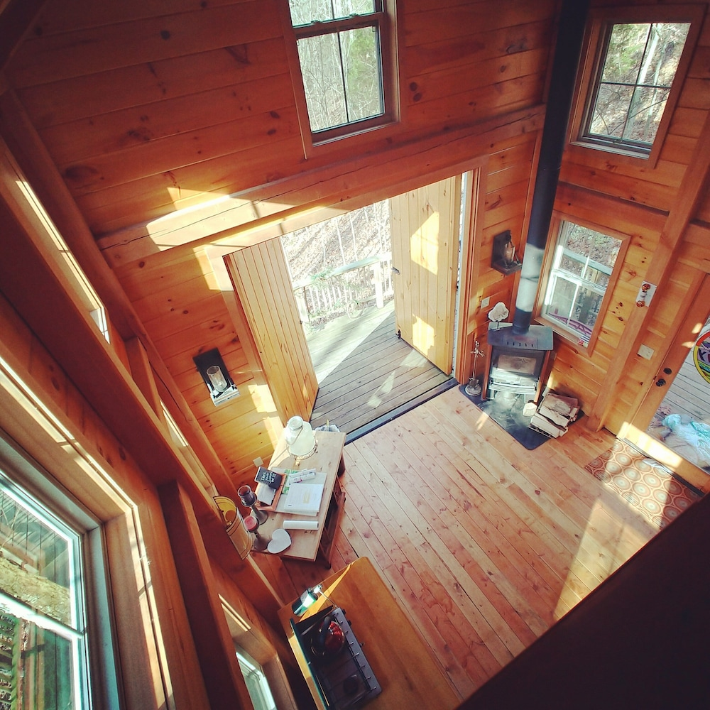 , Stay in Tree House Built by Treehouse Master Pete Nelson ~ off the Grid