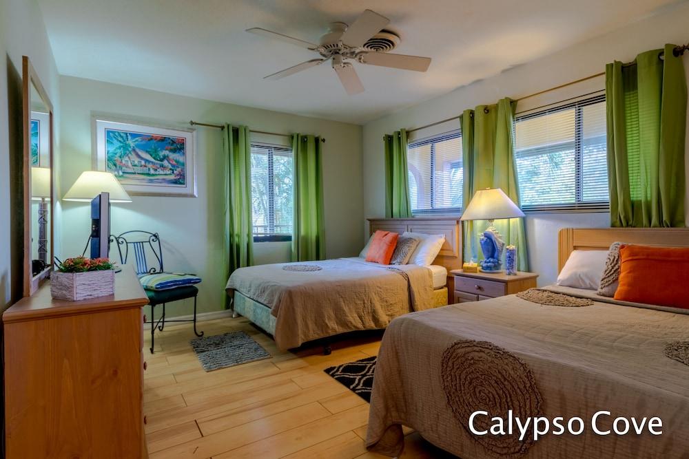 Calypso Cove #5 7 mile Beach West bay Grand Cayman: 2018 Room