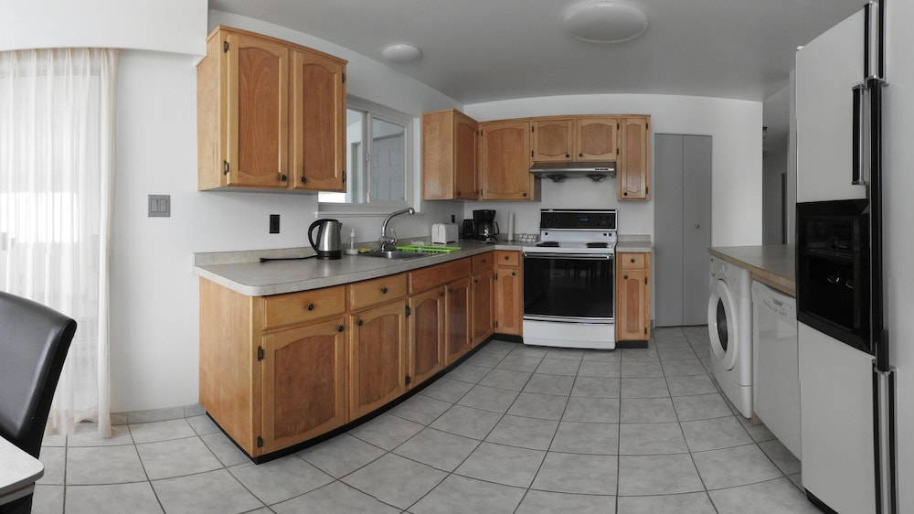 Private Kitchen, Feel at Home During Your Visit by Staying at a Real House in a Vancouver Suburb