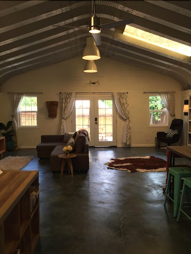 Great Place to stay The Barn Templeton... Fun, Hip And Right In The Center Of It All near Templeton