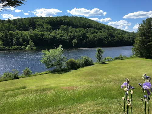 Quiet, Beautiful Waterfront Property on Connecticut River With Mountain Views!!!