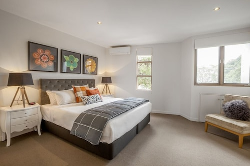 Boutique Stays - Somerset Terrace, Richmond
