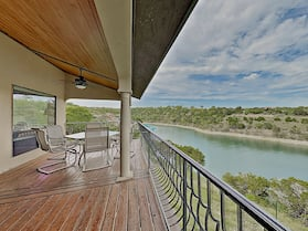 Chardonnay Haus On Lake Travis 2 Bedroom Duplex