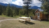 Secluded Tiny Home Fairmont - Fairmont Hot Springs Hotels