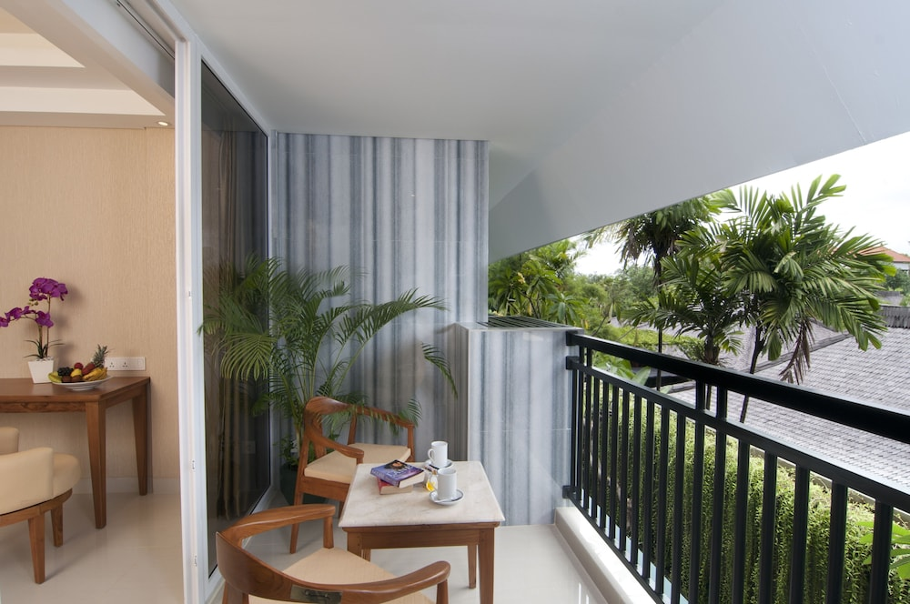 Balcony, Sulis Beach Hotel and Spa