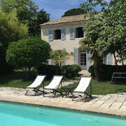 Lovely Bastide With Pool 10 Minutes South of Aix-en-provence