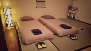 Bügeleisen/Bügelbrett, Internetzugang, Bettwäsche