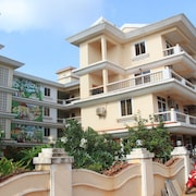 Riverside Apartment:2 Bdr, 2 Bath Fully Furnished Contemporary Apt In South Goa
